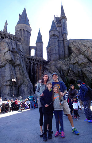 Mike Wohnoutka's family at the Wizarding World of Harry Potter