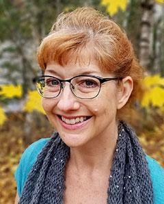 Laura Purdie Salas